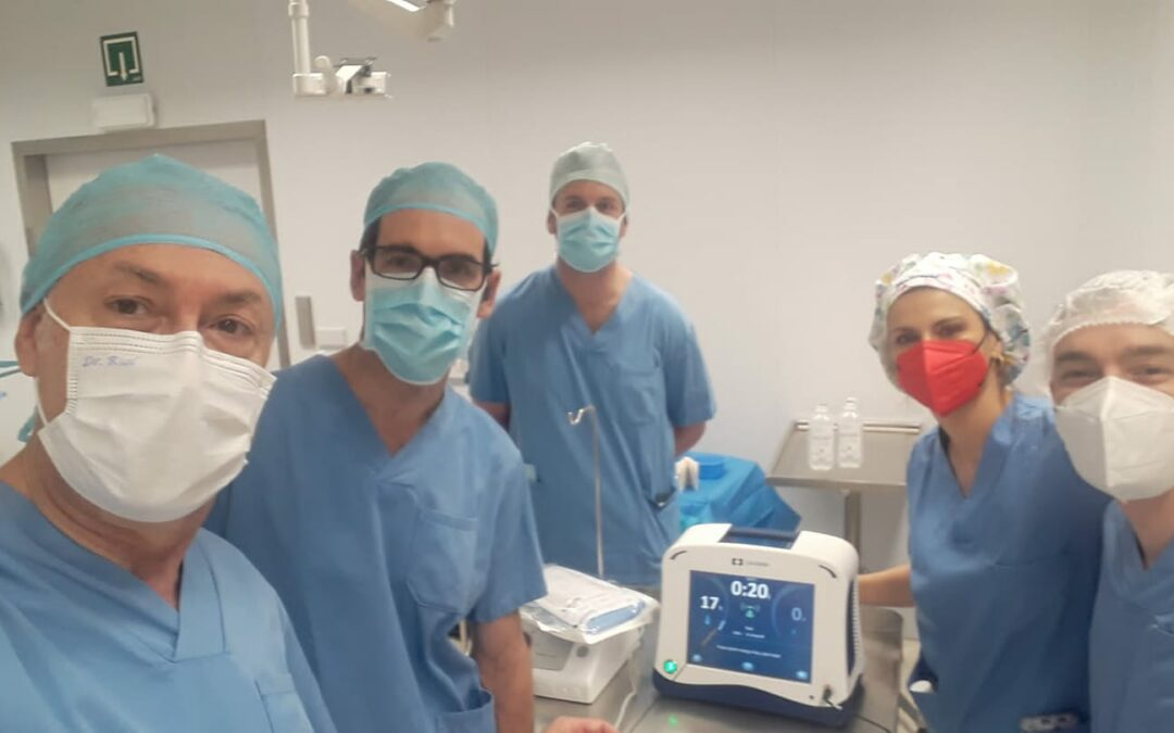 El Dr. Rodrigo Rial en el Hospital San Juan de Dios de Pamplona.